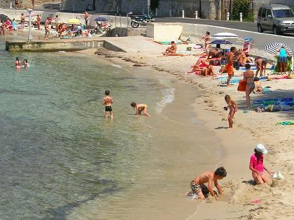 オンドの砂ビーチ